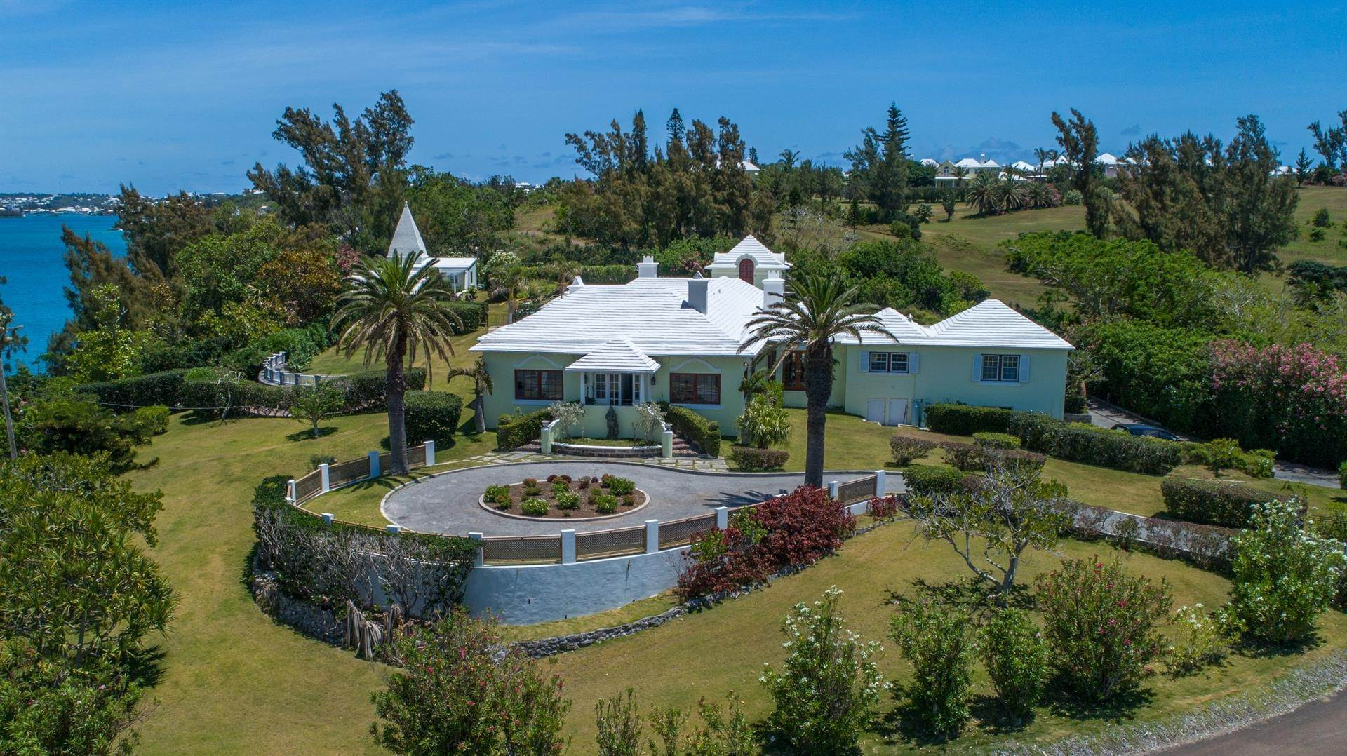 4. Vid Vattnet för Försäljning vid Heron Hill On The Great Sound Heron Hill On The Great Sound, 31 Riddell's Bay Road,Bermuda – Sinclair Realty