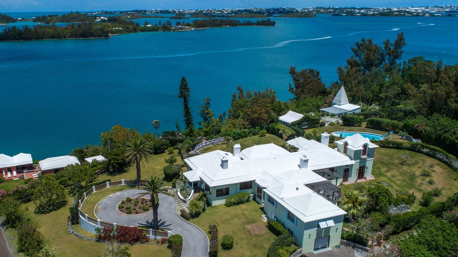5. Vid Vattnet för Försäljning vid Heron Hill On The Great Sound Heron Hill On The Great Sound, 31 Riddell's Bay Road,Bermuda – Sinclair Realty