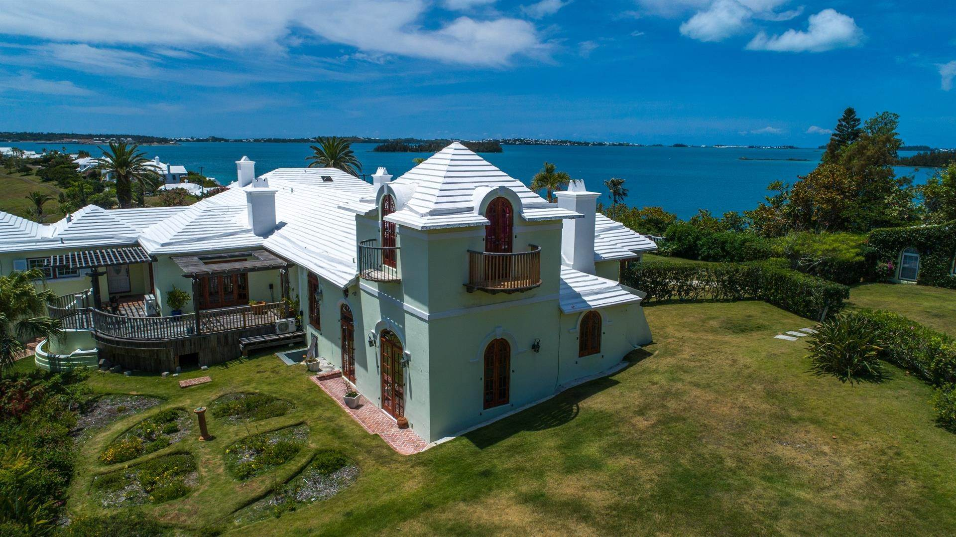 9. Vid Vattnet för Försäljning vid Heron Hill On The Great Sound Heron Hill On The Great Sound, 31 Riddell's Bay Road,Bermuda – Sinclair Realty