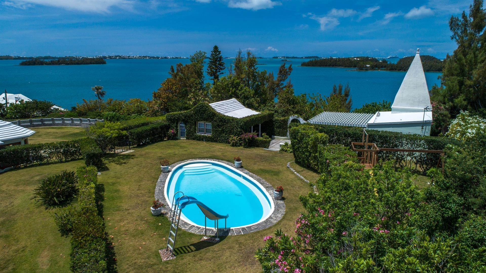 33. Vid Vattnet för Försäljning vid Heron Hill On The Great Sound Heron Hill On The Great Sound, 31 Riddell's Bay Road,Bermuda – Sinclair Realty