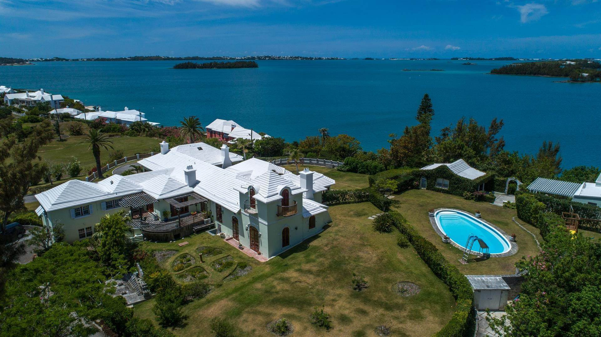8. Vid Vattnet för Försäljning vid Heron Hill On The Great Sound Heron Hill On The Great Sound, 31 Riddell's Bay Road,Bermuda – Sinclair Realty