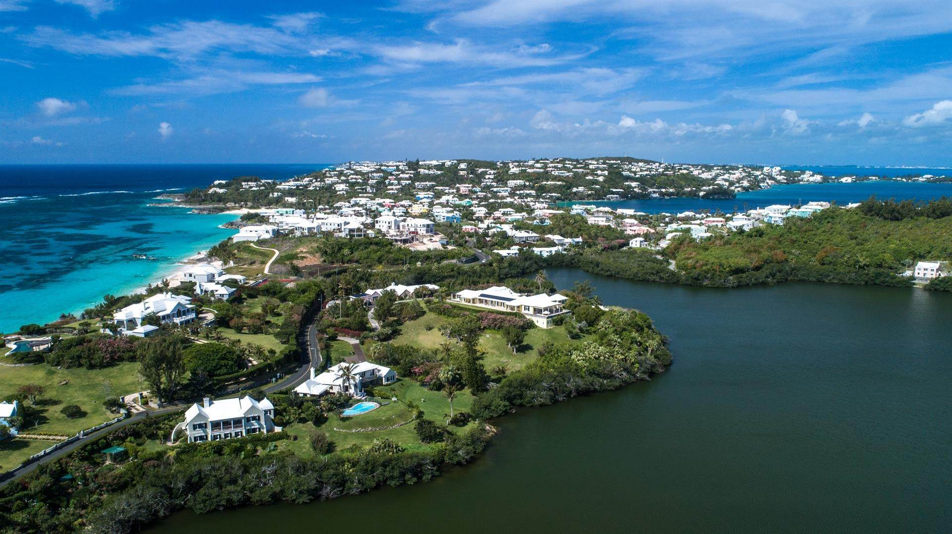 19. Single Family Homes для того Продажа на Caper Collis In Tucker's Town Caper Collis In Tucker's Town, 3 South Road,Bermuda – Sinclair Realty