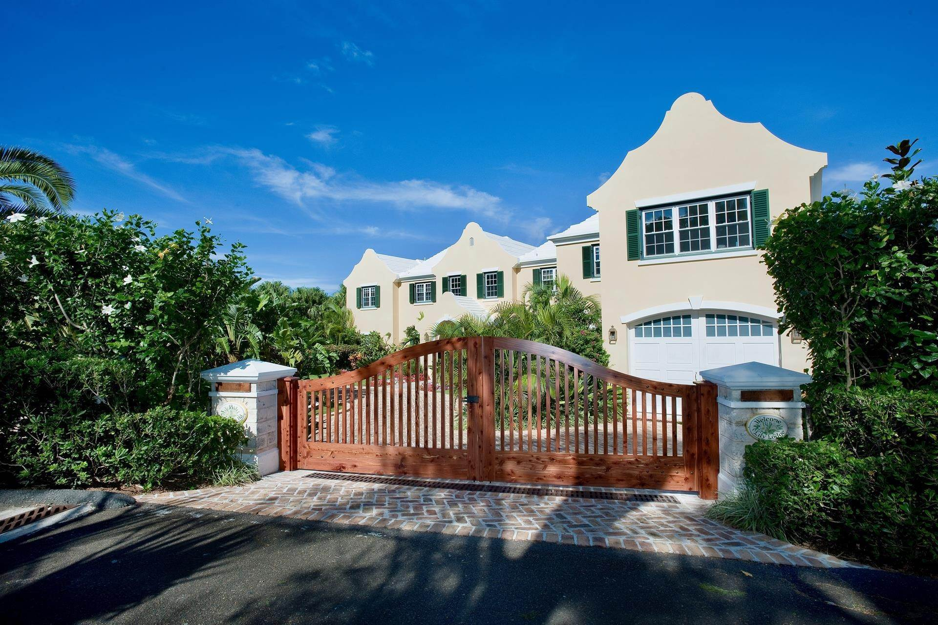 10. Waterfront Property at Lily Lodge In Tucker's Town , St Georges Parish, Bermuda HS02 Bermuda