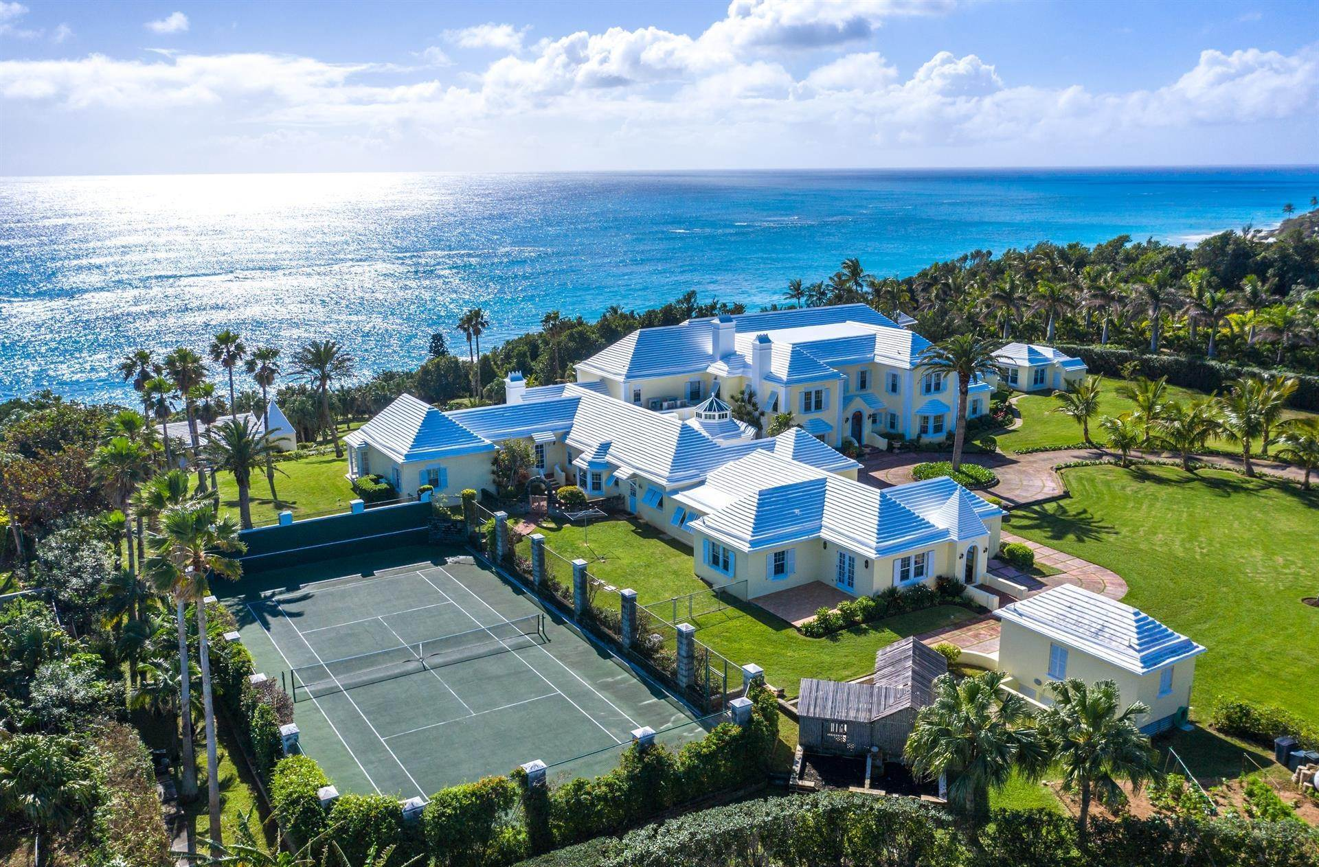 29. Propriedade do Waterfront para Venda às Agapanthus On Grape Bay Agapanthus On Grape Bay, 11 Inglewood Lane,Bermuda – Sinclair Realty