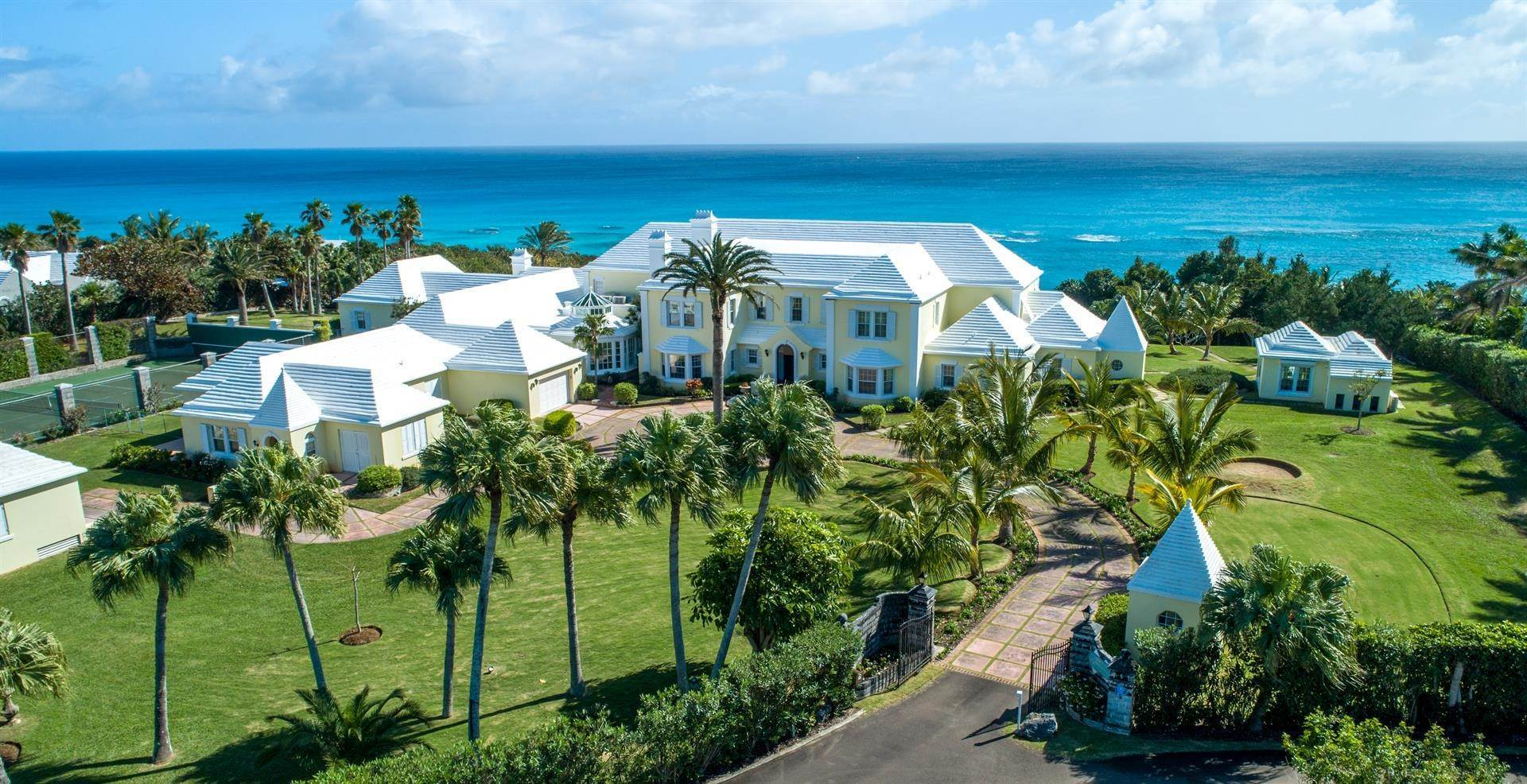 5. Propriedade do Waterfront para Venda às Agapanthus On Grape Bay Agapanthus On Grape Bay, 11 Inglewood Lane,Bermuda – Sinclair Realty