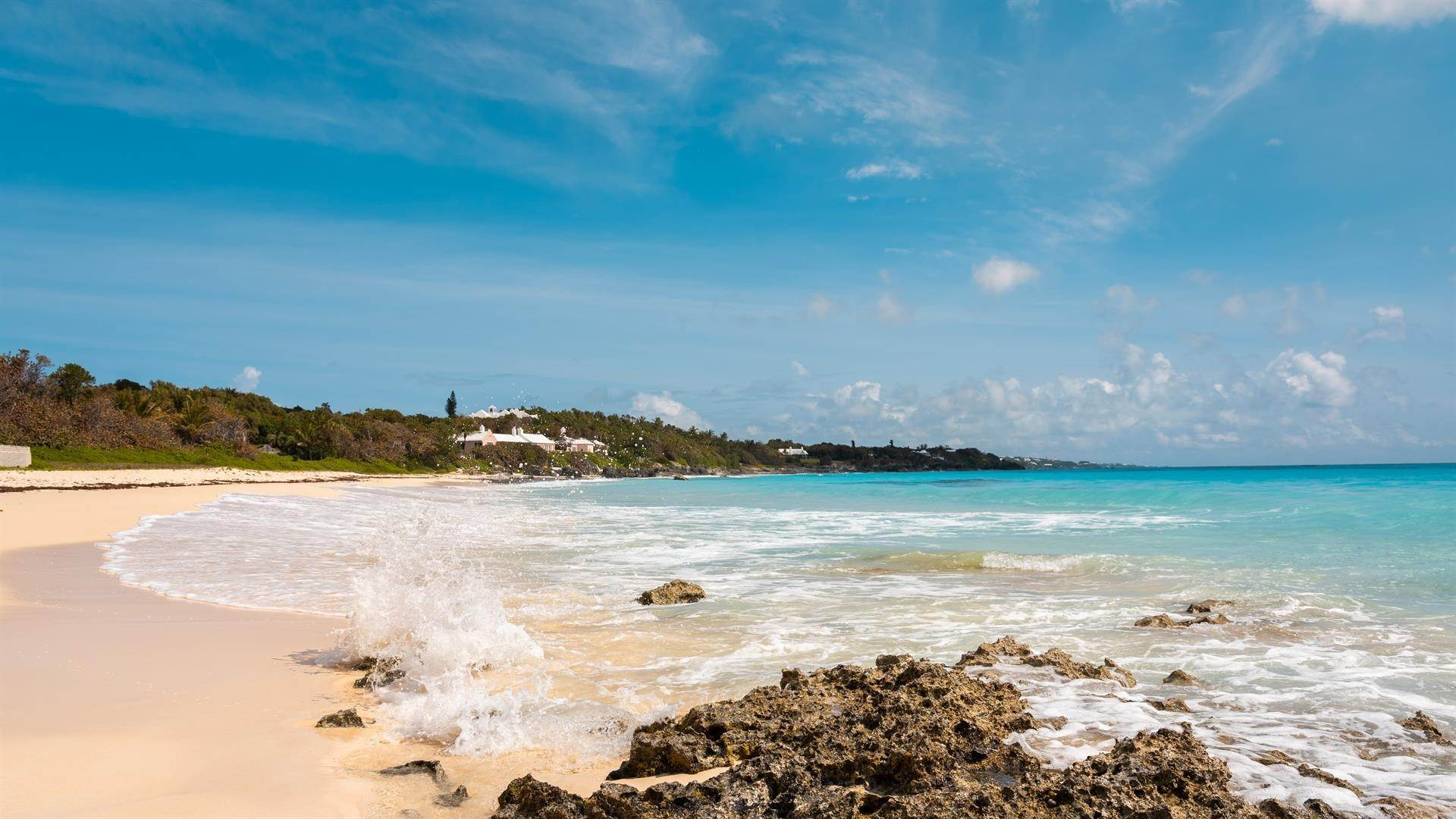 4. Waterfront Property for Sale at Agapanthus On Grape Bay Agapanthus On Grape Bay, 11 Inglewood Lane,Bermuda – Sinclair Realty