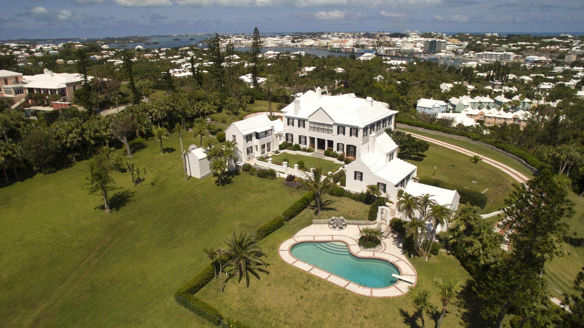 4. Residência para Venda às Bellevue Estate At Grape Bay Beach Bellevue Estate At Grape Bay Beach, 6 Bellevue Drive,Bermuda – Sinclair Realty