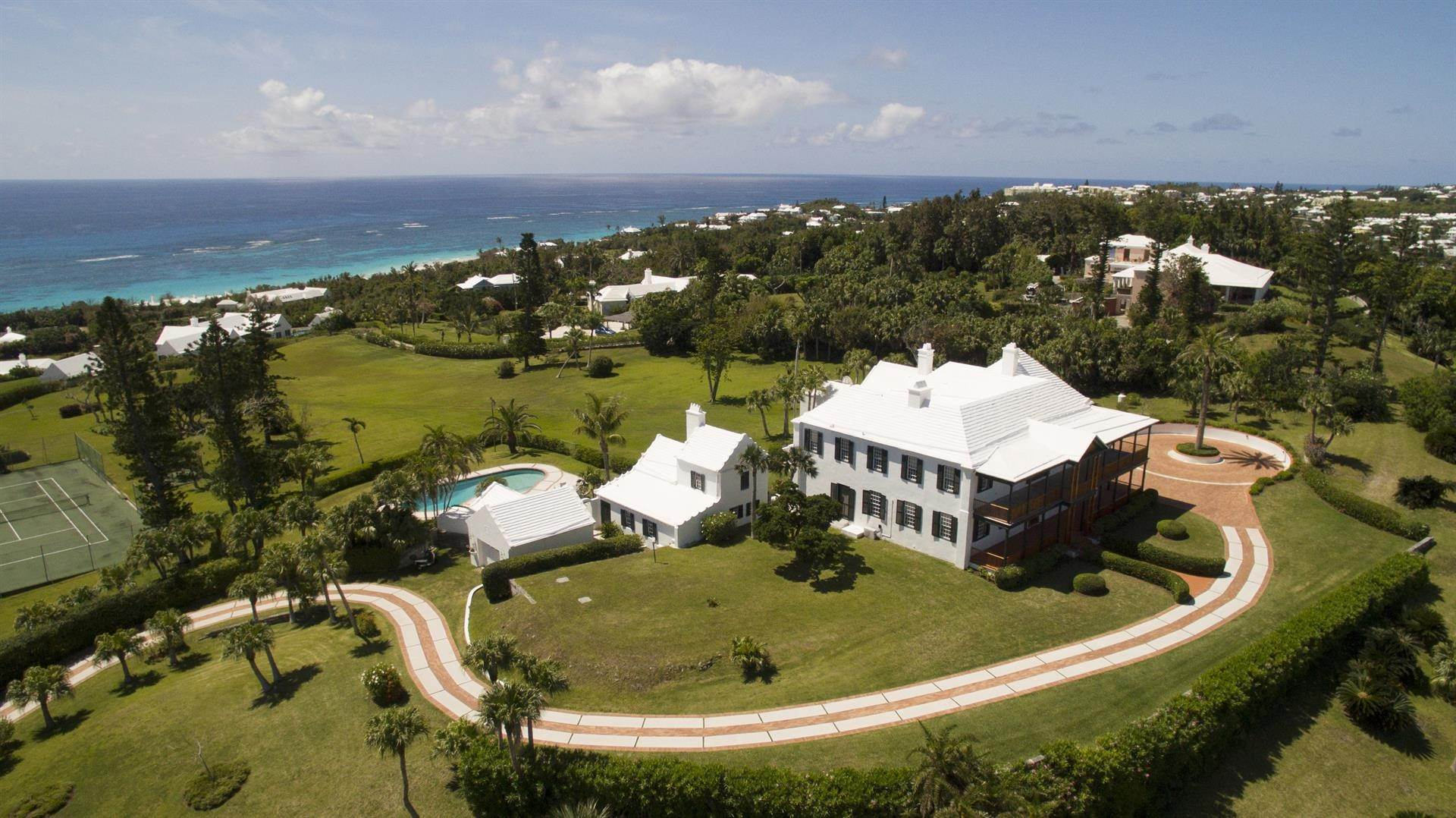 5. 庄园,地产 为 销售 在 Bellevue Estate At Grape Bay Beach Bellevue Estate At Grape Bay Beach, 6 Bellevue Drive,Bermuda – Sinclair Realty