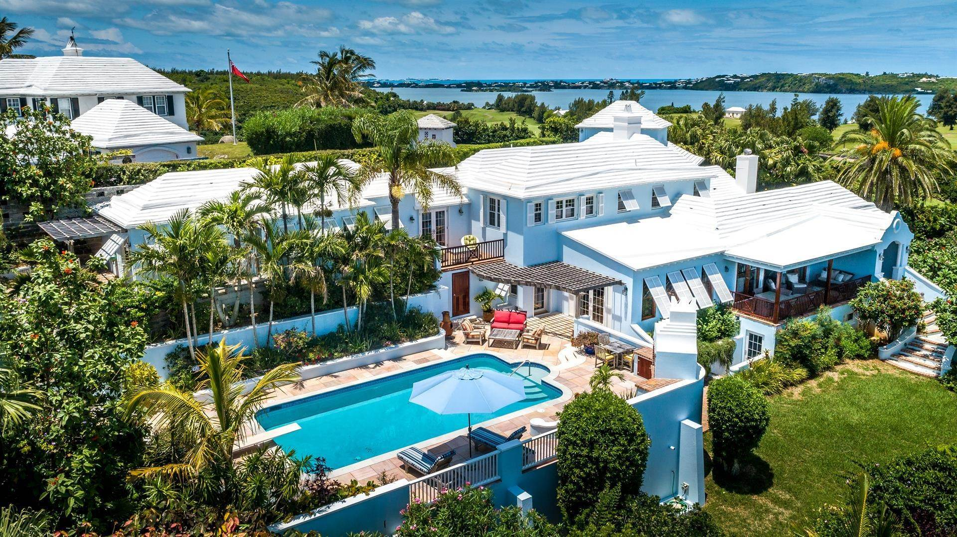 Single Family Homes para Venda às Tobermory In Tucker's Town Tobermory In Tucker's Town, ,Bermuda – Sinclair Realty