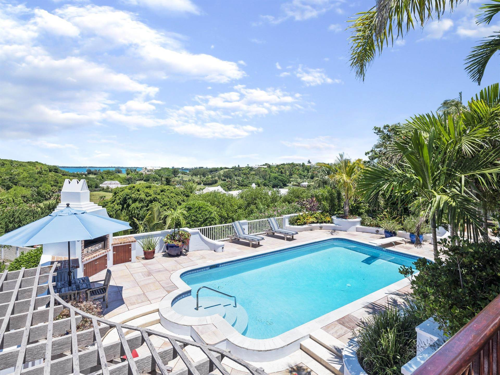 15. Single Family Homes για την Πώληση στο Tobermory In Tucker's Town Tobermory In Tucker's Town, ,Bermuda – Sinclair Realty
