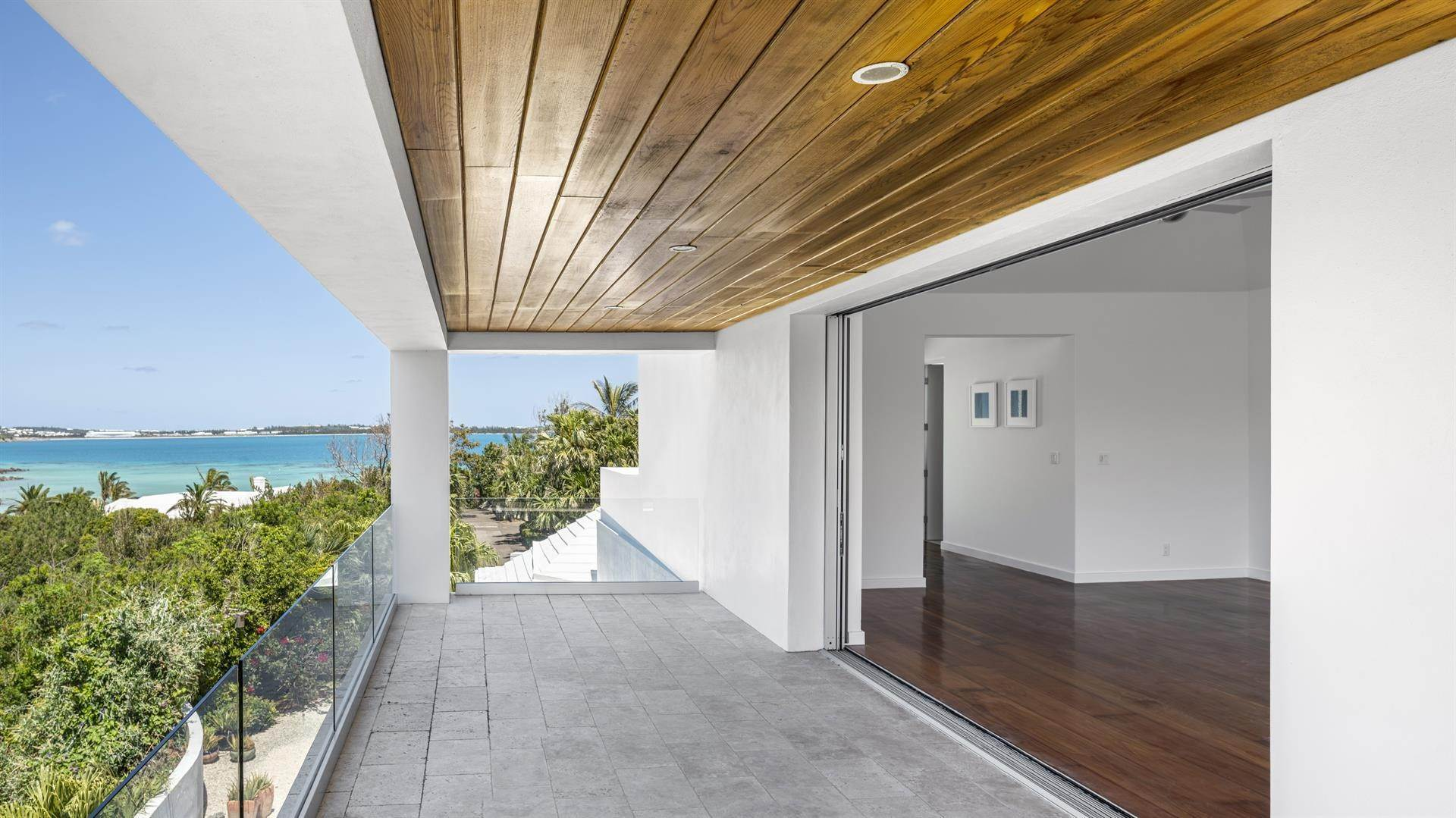 18. Single Family Homes 为 销售 在 Georgetown - Bermuda's Modern House Georgetown - Bermuda's Modern House, 50A Harrington Sound Road,Bermuda – Sinclair Realty