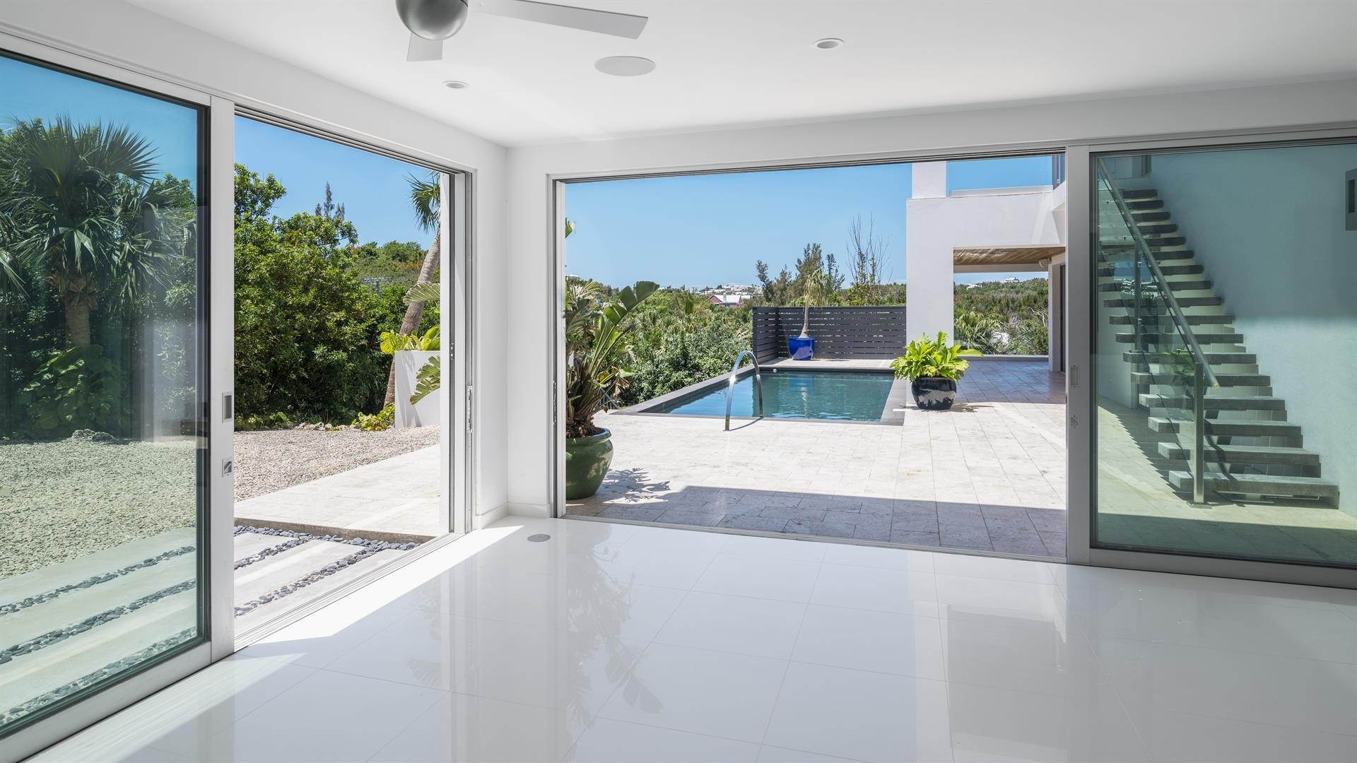 11. Single Family Homes 为 销售 在 Georgetown - Bermuda's Modern House Georgetown - Bermuda's Modern House, 50A Harrington Sound Road,Bermuda – Sinclair Realty