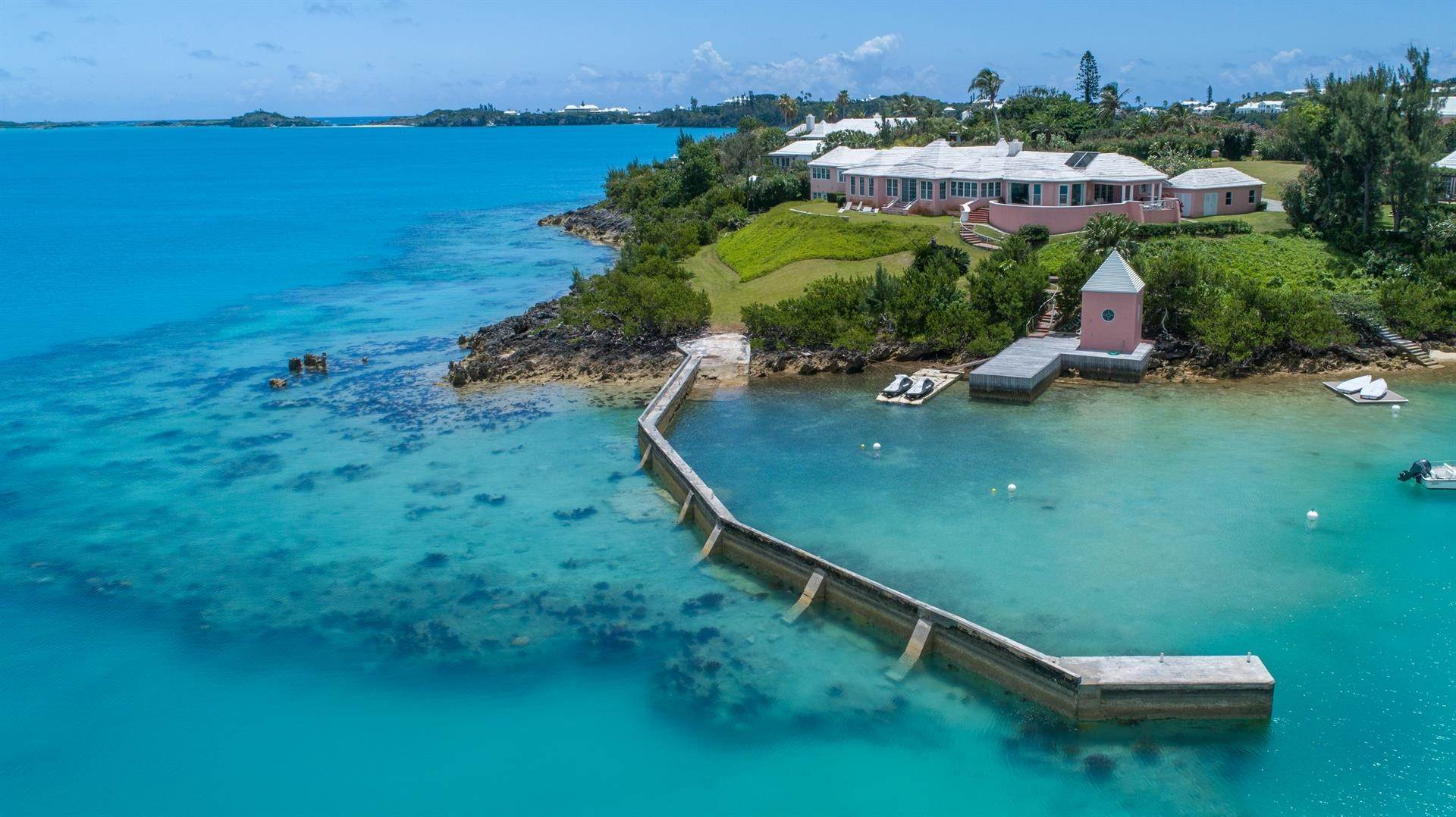 Waterfront Mülkiyet için Satış at At Last in Tucker's Town At Last in Tucker's Town, ,Bermuda – Sinclair Realty