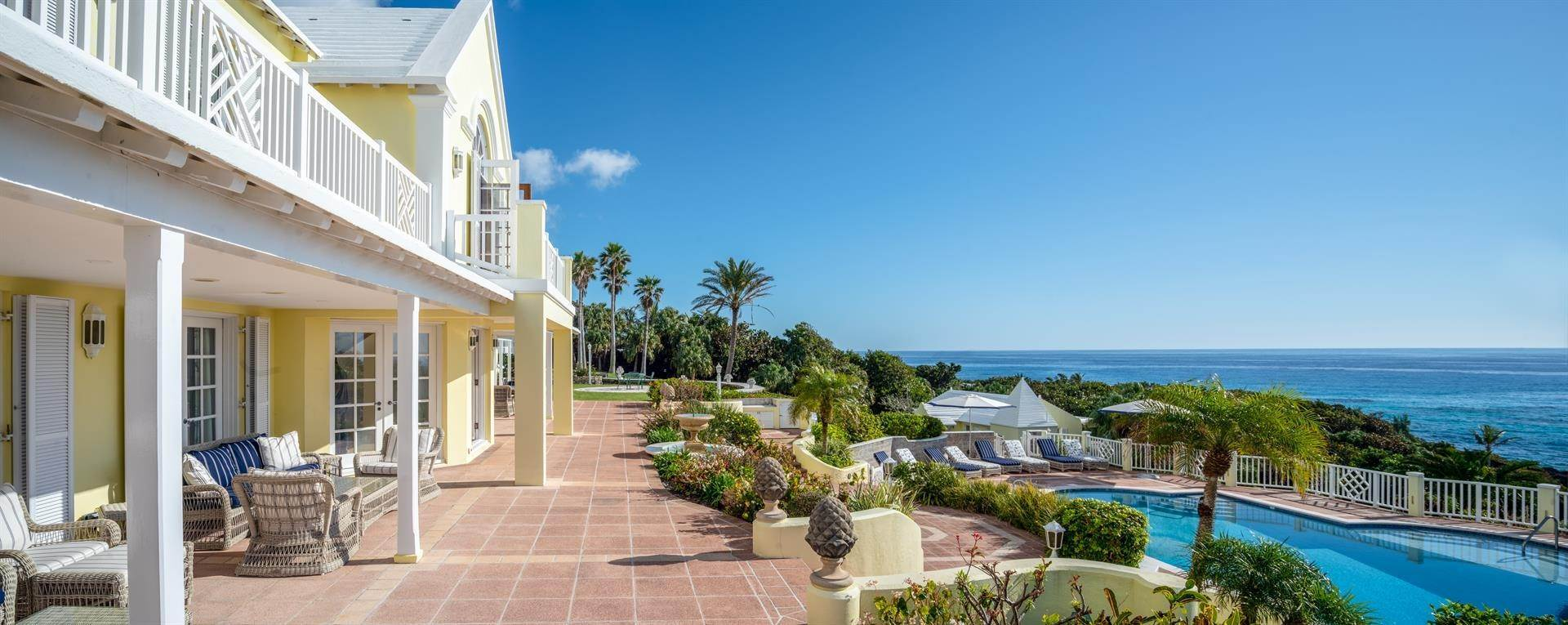 31. Waterfront Property for Sale at Agapanthus On Grape Bay Agapanthus On Grape Bay, 11 Inglewood Lane,Bermuda – Sinclair Realty