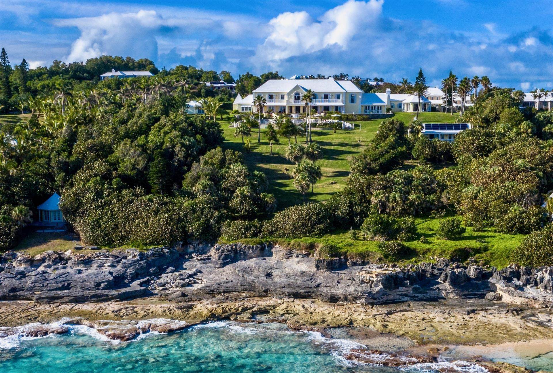 Waterfront Property voor Verkoop op Agapanthus On Grape Bay Agapanthus On Grape Bay, 11 Inglewood Lane,Bermuda – Sinclair Realty