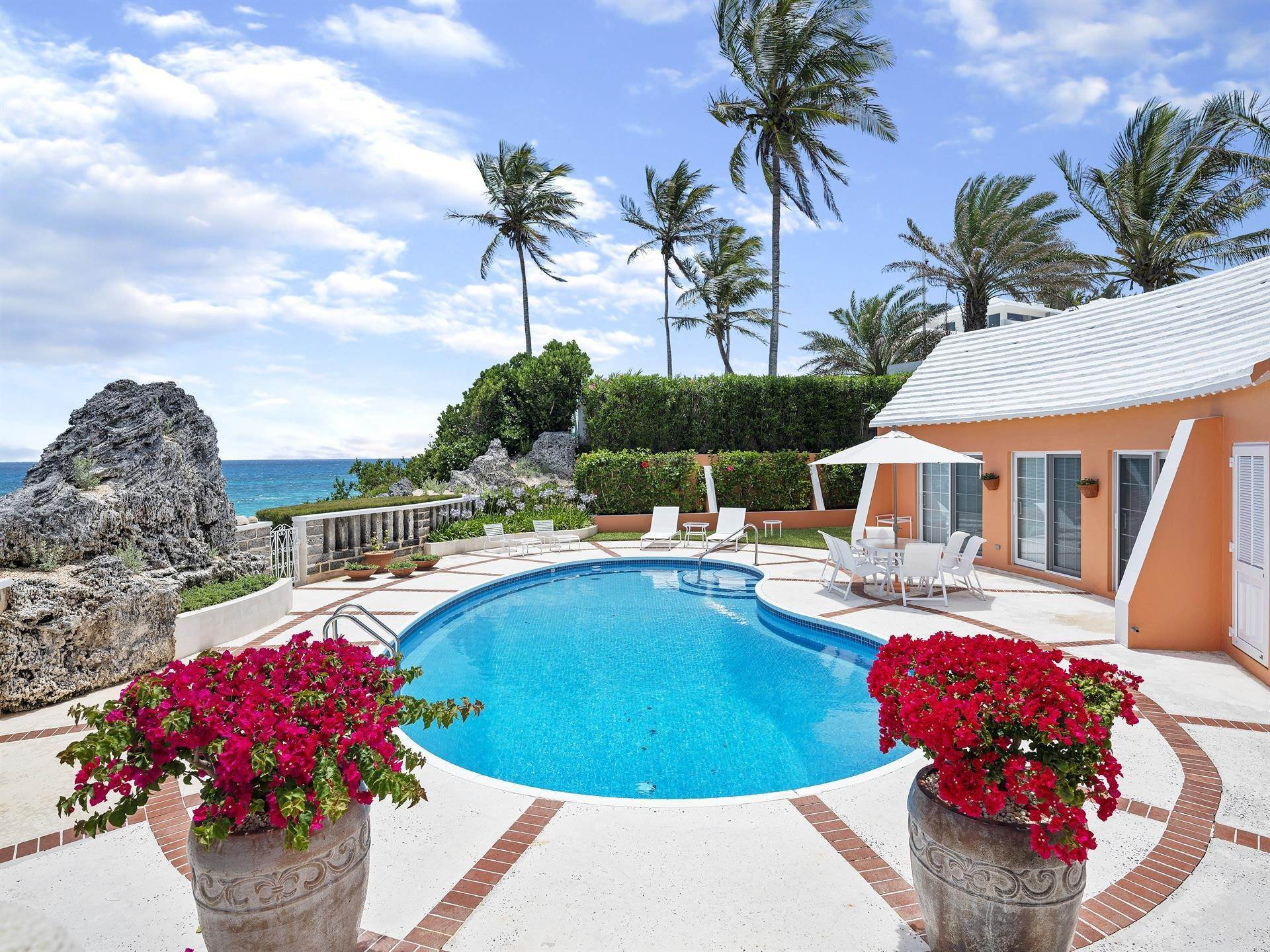 21. Beachfront Property at Sandcastles On The Beach 24 South Road, Warwick Parish, Bermuda WK02 Bermuda