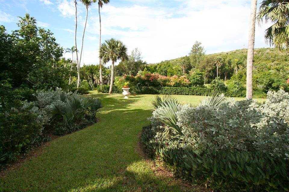 10. Single Family Homes for Sale at Ship's Hill Estate Home At Rosewood Tucker's Point Ship's Hill Estate Home At Rosewood Tucker's Point, 27 Ship's Hill,Bermuda – Sinclair Realty