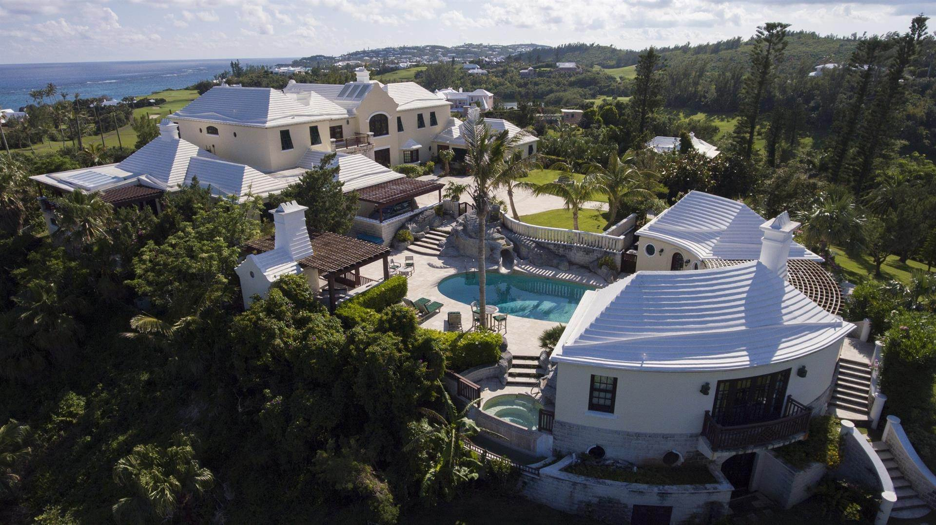 Domaine pour l Vente à Roughill In Tucker's Town Roughill In Tucker's Town, 6 Long Lane,Bermuda – Sinclair Realty