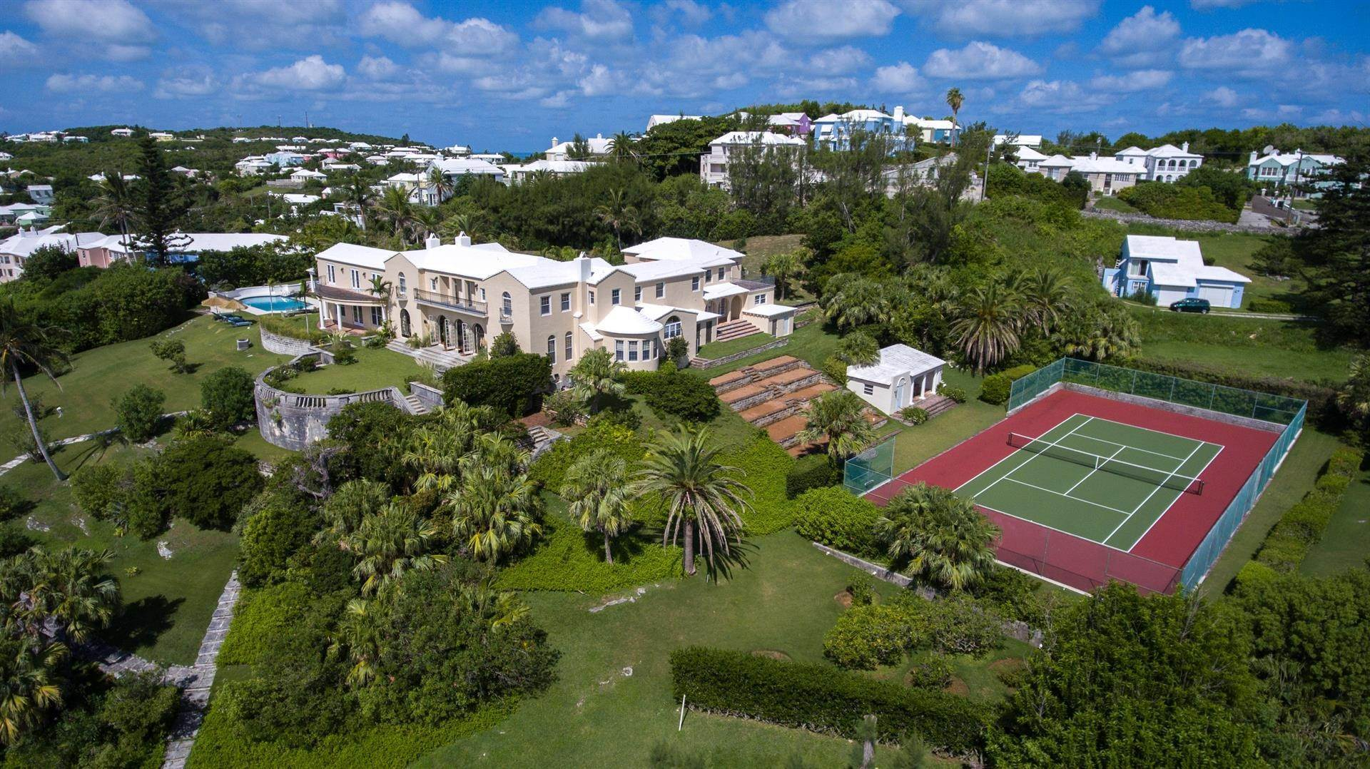 3. Landgoed voor Verkoop op Spanish Grange Overlooking The South Shore Spanish Grange Overlooking The South Shore, 26 Knapton Hill,Bermuda – Sinclair Realty