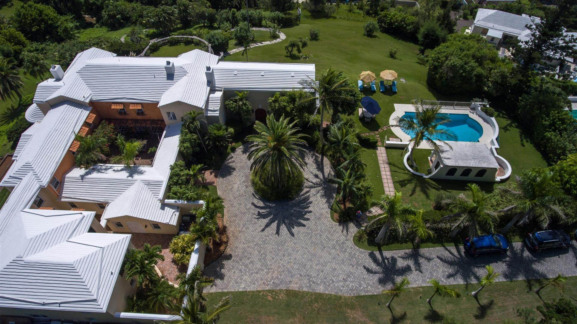 4. Landgoed voor Verkoop op Spanish Grange Overlooking The South Shore Spanish Grange Overlooking The South Shore, 26 Knapton Hill,Bermuda – Sinclair Realty