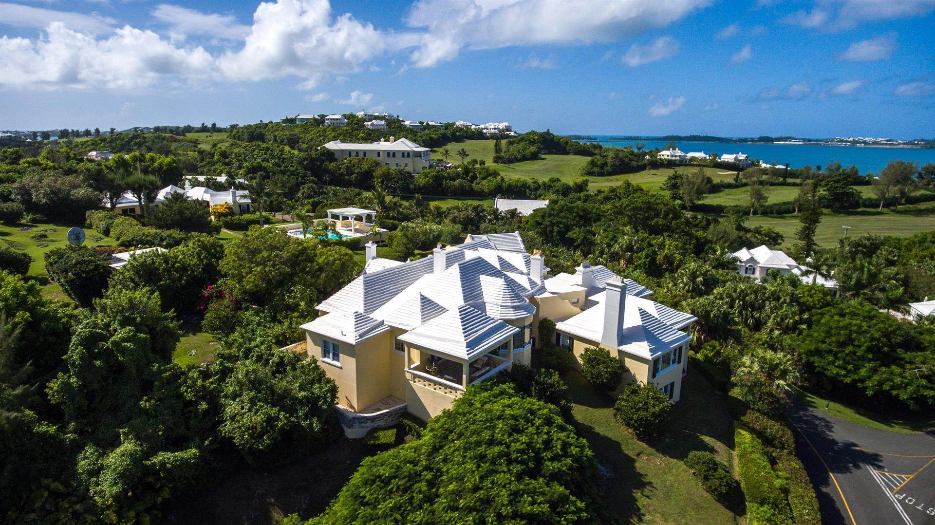 3. Propriété pour l Vente à Atlanta By The Sea In Tucker's Town Atlanta By The Sea In Tucker's Town, ,Bermuda – Sinclair Realty