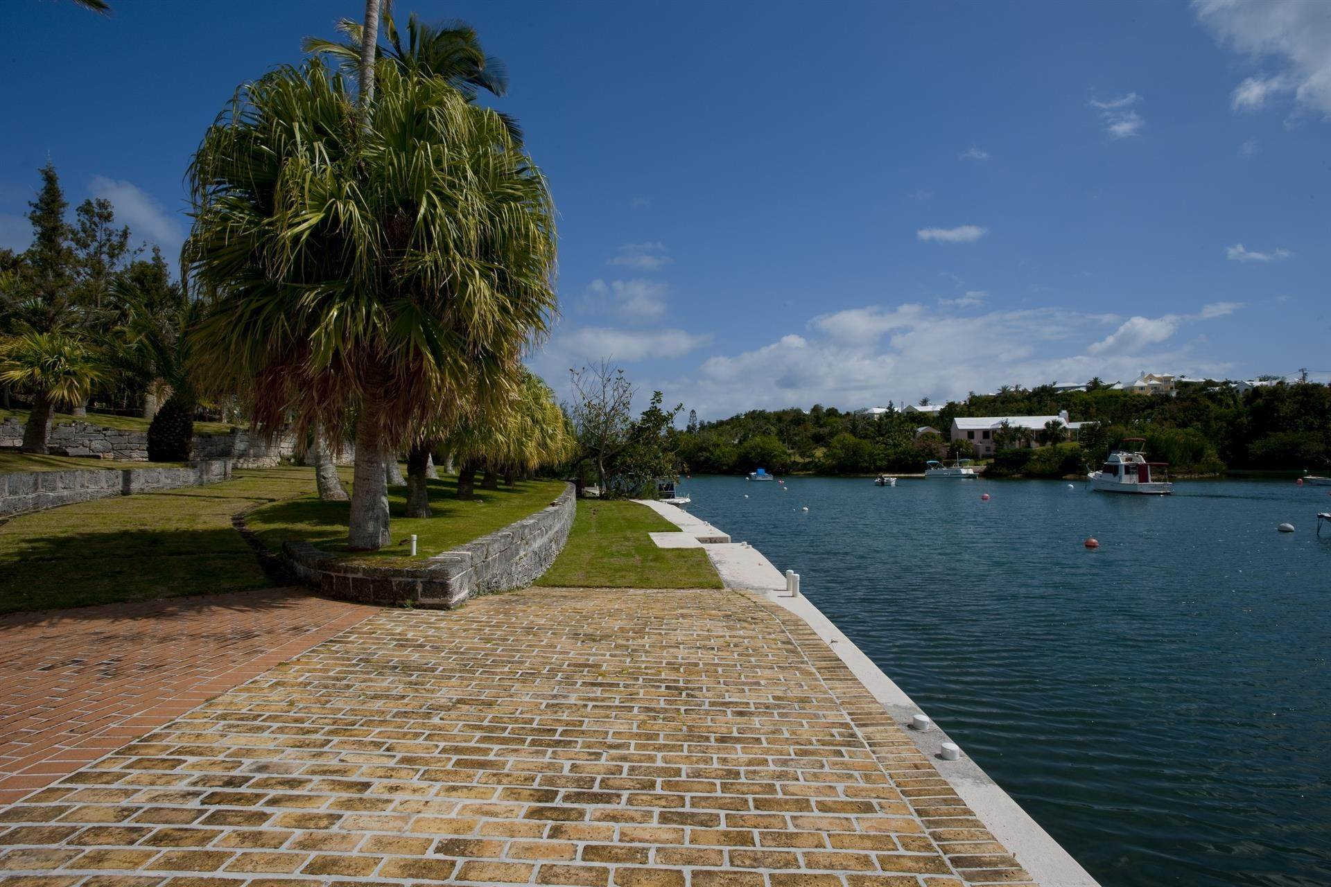 5. Propriedade do Waterfront para Venda às Palomera In Fairylands Palomera In Fairylands, 7 Mills Shares Road,Bermuda – Sinclair Realty