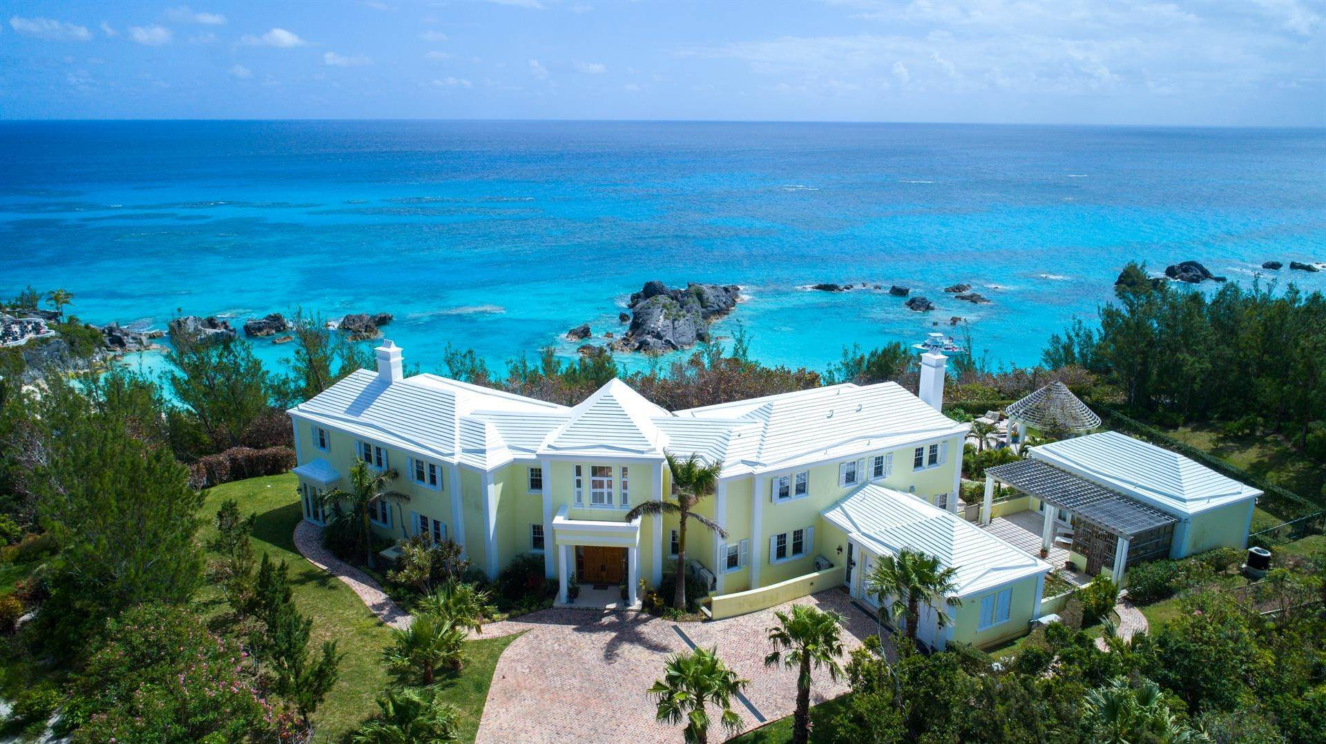 Single Family Homes para Venda às Duamber At The Fairmont Southampton Duamber At The Fairmont Southampton, 119 Harbour View Drive,Bermuda – Sinclair Realty