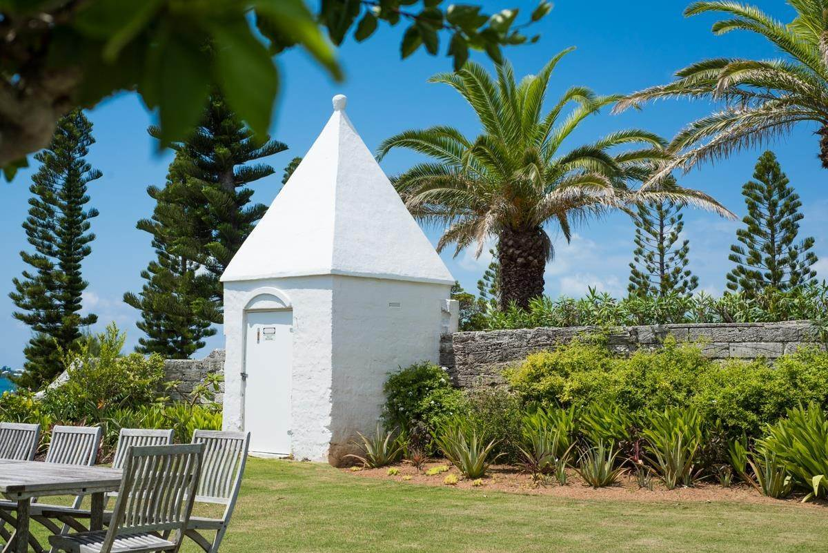 24. Địa ốc vì Bán tại Windsong House Windsong House, 15 Fairways Road,Bermuda – Sinclair Realty