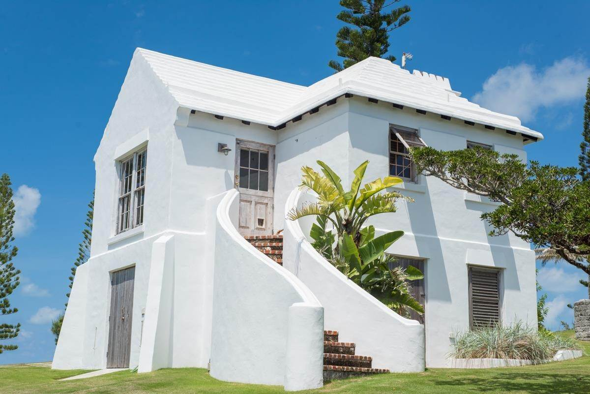 27. Residencia por un Venta en Windsong House Windsong House, 15 Fairways Road,Bermuda – Sinclair Realty