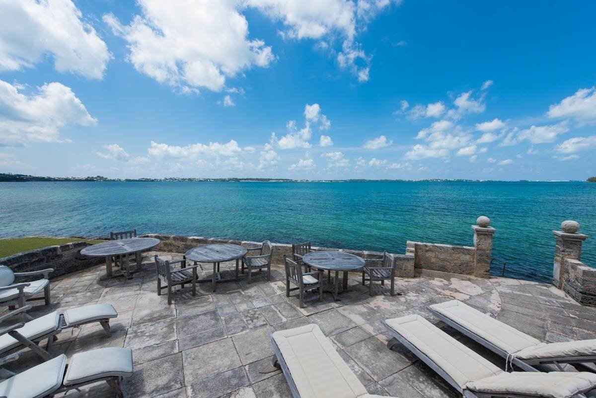 29. Địa ốc vì Bán tại Windsong House Windsong House, 15 Fairways Road,Bermuda – Sinclair Realty